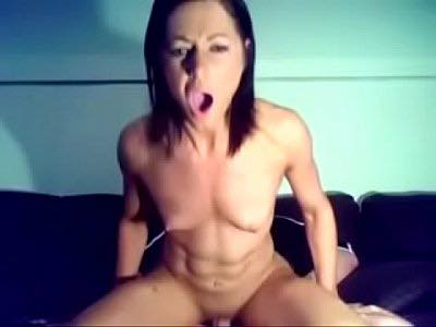 Fit Cam Chick Riding Dick Like Crazy