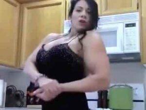 Hot Female Bodybuilder Laurie Steele