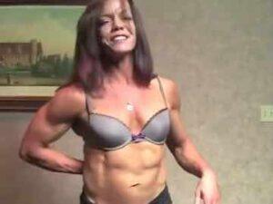 Muscular Mature Cam Woman PennyRuff