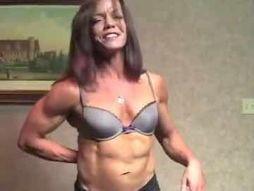 Muscular Mature Cam Woman PennyRuff