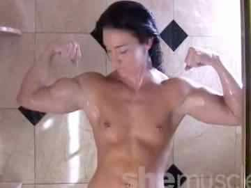 Beautiful Muscle Webcam Girl Kristy Live Shower Show