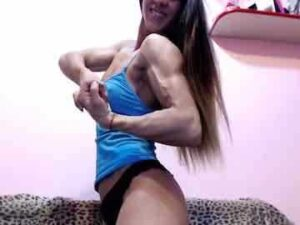 Shredded Muscle Euro Babe Webcam Action