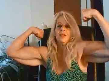 Muscled Grandma Shows Off Her Remarkable Arms