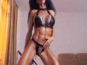 Sexy Brunette Teases With Shredded Abs