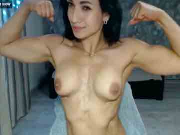 Fitness Beauty Shows Off Her Biceps