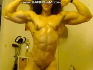 Muscle Latina Nude Flexing
