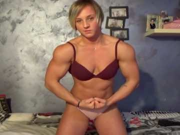 Muscular Teen Girl Cam Show