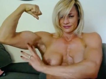 Female Muscle Cam2Cam