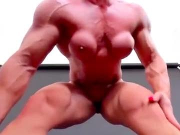 FBB Huge Muscles Webcam Chat